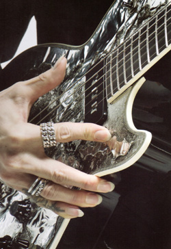 Guitar magazine14年LUNA SEA 25th ANNIVERSARYP10.jpg