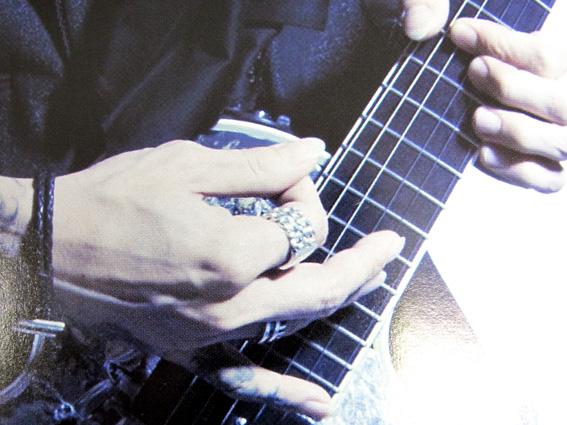 SUGIZO3.jpg